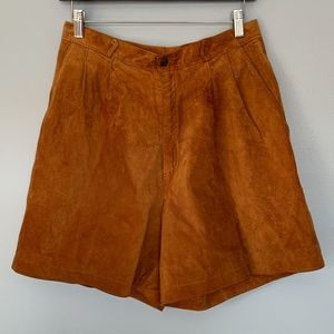 Vintage Brown Suede High Rise Pleated Shorts 10